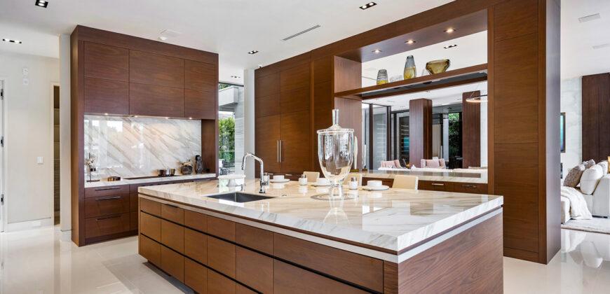 Ultra-Luxury Modern Waterfront Estate