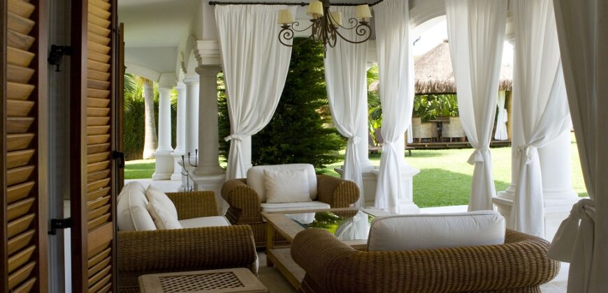 Spectacular Luxury Colonial Style Villa