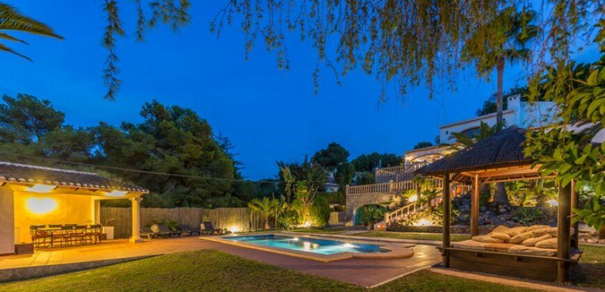 A Splendid Villa