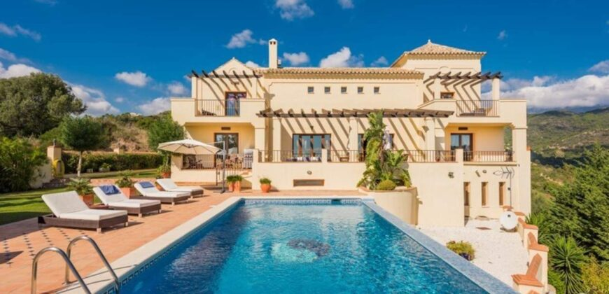 Spacious Classical Style Quality Villa