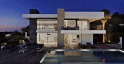 The Modern Comfortable Family Residence