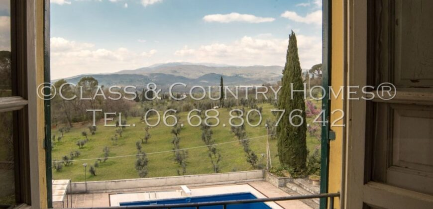 Luxury Villa in Tuscany with large park, swimming pool, outbuilding and mansion in art-nouveau style