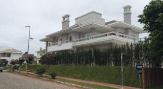 650mt Sea Jurerê Internacional Beach-FLORIANÓPOLIS-BRAZIL-Luxury House 4Dorm