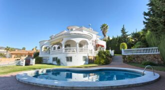 Quality Spanish Villa in Benalmádena