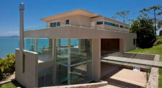 OCEANFRONT and OCEANVIEW Cacupé Beach-FLORIANÓPOLIS-BRAZIL-New Luxury House 4Suites in Condominium
