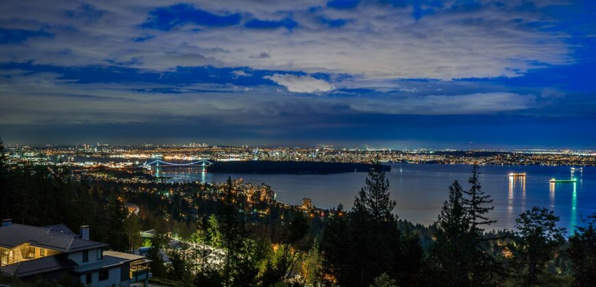A MAGNIFICENT 1.25 ACRE ESTATE RESIDENCE IN WEST VANCOUVER'S MOST EXCLUSIVE WHITBY ESTATES